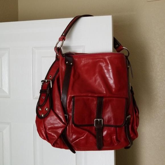 1491700c5b4f Tano Beautiful Red Leather Handbag - Like New! M 5b4a2e1a9519966662aa7a27